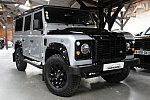 LAND ROVER DEFENDER IV BLACK EDITION 4x4 Gris