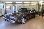 LINCOLN TOWN CAR 5.0 berline Marron