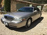 LINCOLN TOWN CAR executive berline Beige
